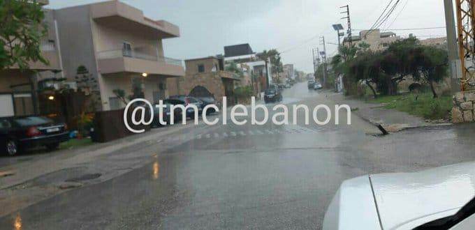 تجمع للمياه على اوتوستراد كفرعبيدا باتجاه طرابلس والعمل جار للمعالجة من قبل المعنيين