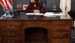 مكتب كامالا هاريس يلفت الأنظار