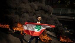 الإندبندنت أونلاين: انفجرت بيروت.. ولبنان الآن على حافة الانهيار