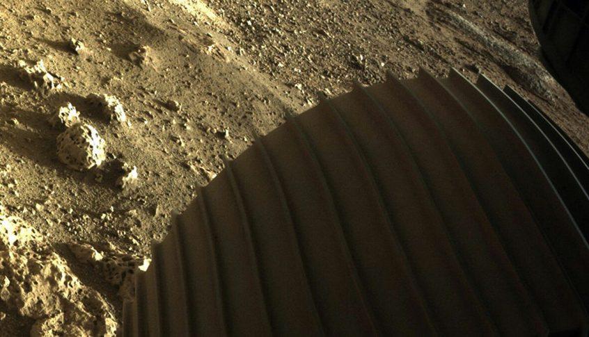 بالفيديو: ناسا تنشر أول مقاطع صوتية من المريخ..