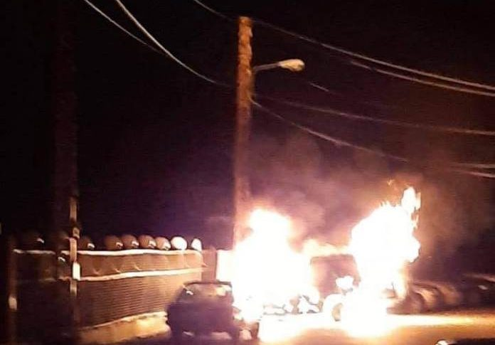 حريق بسيارة في سير الضنية والقوى الامنية فتحت تحقيقاً