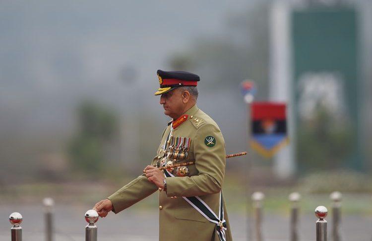 باكستان والهند تتفقان على وقف لإطلاق النار على طول الحدود في كشمير