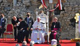 البابا فرنسيس من الموصل: السلام أقوى من الحرب