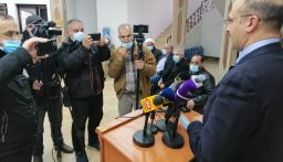 """حسن: كل ما يساق في الآونة الأخيرة ضد وزارة الصحة """"جائر وظالم"""""""