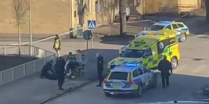 بالفيديو: لحظة اعتقال منفذ الهجوم المسلح في مدينة فيتلاندا السويدية