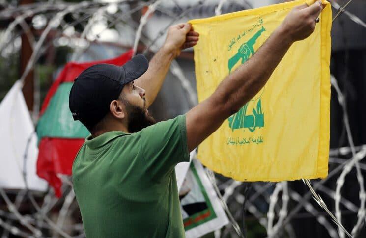 هكذا يتعايش «حزب الله» مع الحصار (طوني عيسى – الجمهورية)