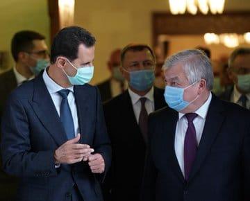 الأسد التقي لافرنتييف: تأكيد تكثيف العمل الثنائي لتخفيف آثار العقوبات على سوريا