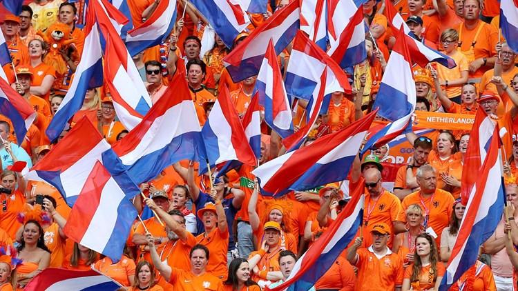 عودة الجماهير في هولندا