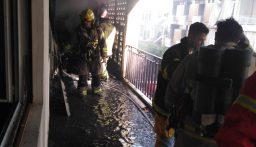 اطفاء بيروت أهمد حريقا في الأشرفية بعد إخلاء المبنى من قاطنيه