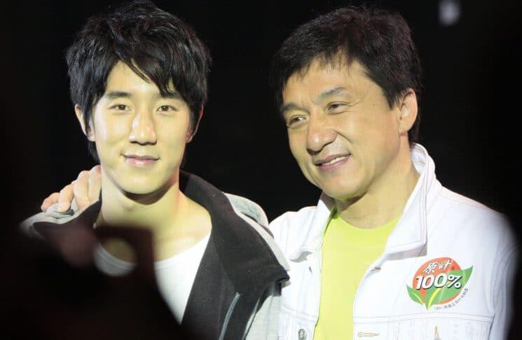 جاكي شان يحرم ابنه الوحيد من ثروته!