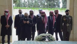 لأول مرة الأمير حمزة مع الملك عبدالله الثاني بعد الأزمة الأخيرة