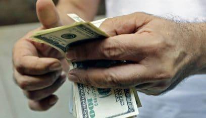 الدولار يلامس الـ 13000 ليرة!