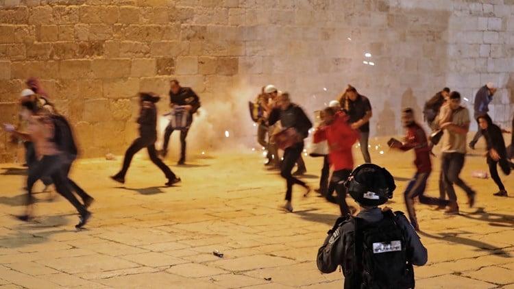 الخارجية تدين الهجمة الإسرائيلية في القدس: للتحرك العاجل والفوري لردع إعتداءات العدو
