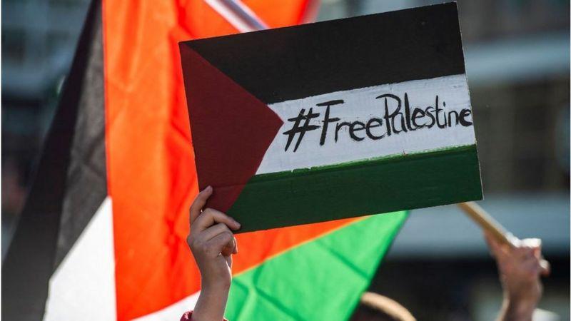 محمود عباس:  إسرائيل تهربت من الانخراط في جميع مبادرات السلام