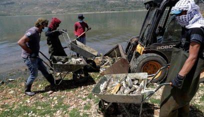 """نفوق سمك الكارب """"المقاوم"""" مؤشر على موت البحيرة: تلوث القرعون خرج عن السيطرة (حبيب معلوف-الاخبار)"""
