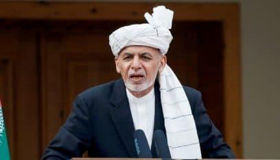 """أفغانستان.. طالبان """"يتمدد"""" وغني يجري تعديلات في حقائب أمنية"""