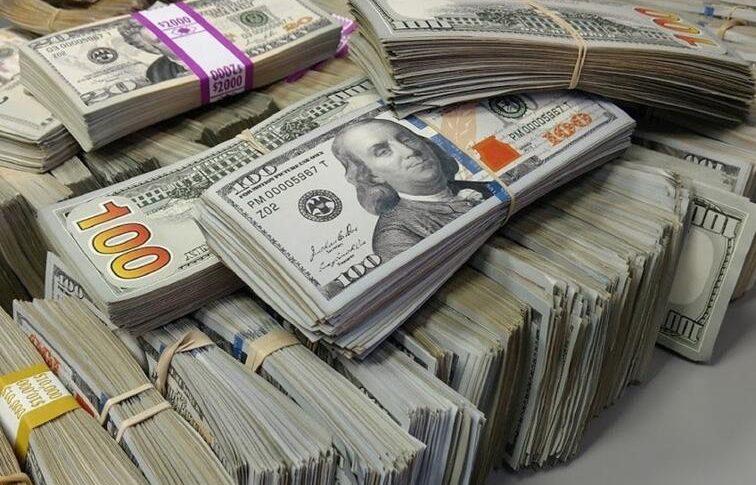 الدولار قفز 5 آلاف ليرة خلال أيام.. ما هو السبب؟!