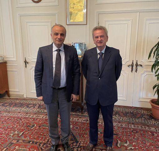 """كريدية: حاكم مصرف لبنان يؤكّد وقوفه إلى جانب """"أوجيرو"""""""