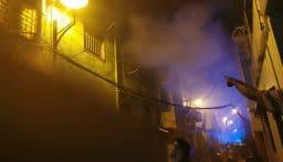 حريق قرب محطة توتال في الاشرفية (فيديو)