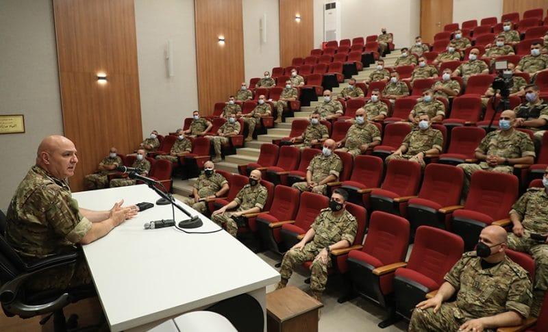 قائد الجيش التقى ضباط دورة الأركان 35: المرحلة صعبة ودقيقة اقتصاديا ونبذل جهودا لمساعدة العسكريين