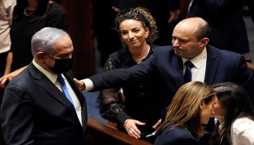 """نتنياهو يرفض تسليم السلطة لـ""""بينيت"""""""