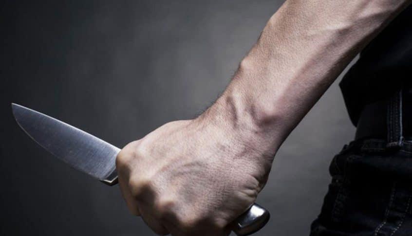 إصابة سوري بطعنات سكين في بعلبك