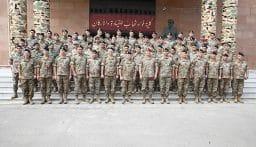 توزيع شهادات على عسكريين من فوج مغاوير البحر