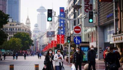 """الصين تعود للإغلاقات مع تفشي متحور """"دلتا"""""""