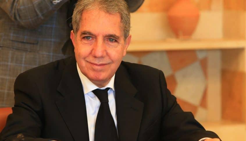 """وزني يوافق على فتح اعتماد لشحنة غاز أويل لصالح """"كهرباء لبنان"""""""