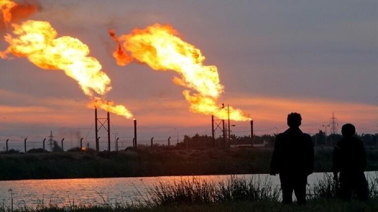 تراجع طفيف بأسعار النفط