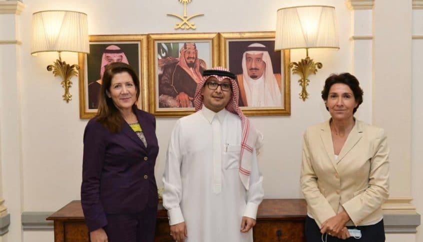 الرياض للسفيرتين: ليعتذرْ الحريري ولا أسماء لدينا!