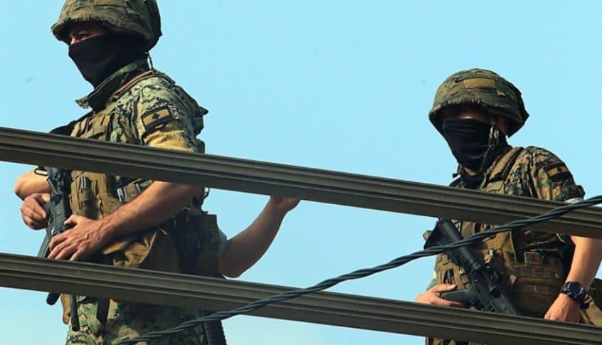 مصادر عسكرية: الجيش يعزز وجوده في خلدة ويعطي أمراً بإطلاق النار على كل مسلح
