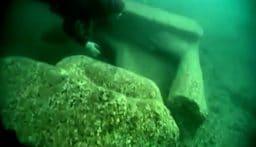 بالفيديو: العثور على حطام سفينة مصرية قديمة غرقت قبل 2200 عام!