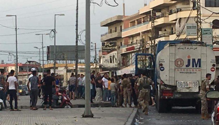 محتجون يوقفون صهريج مازوت في بحنين – المنية