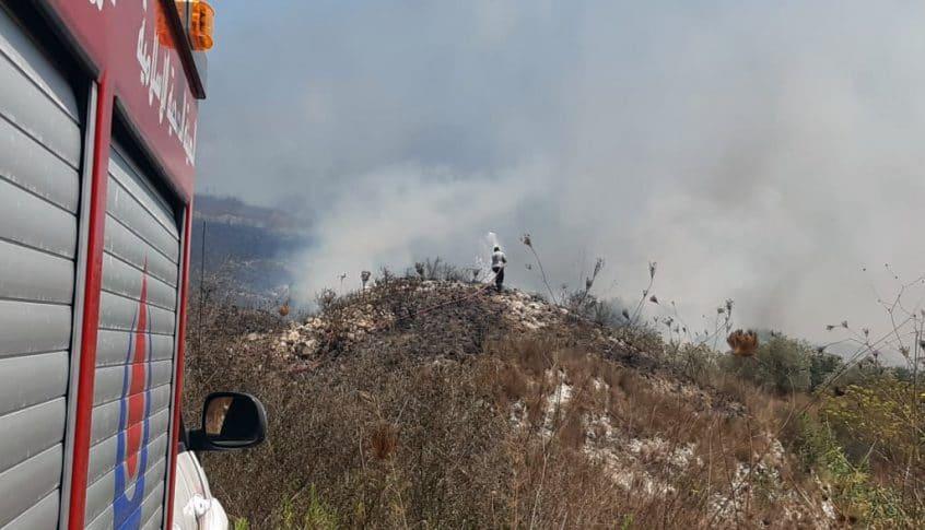 إهماد 4 حرائق كبيرة بين ديرقانون النهر وبدياس