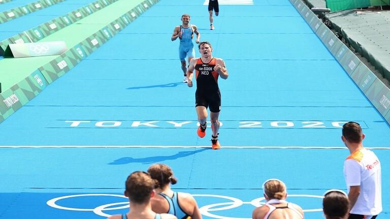 بريطانيا تفوز بأول ذهبية أولمبية للثلاثي المختلط