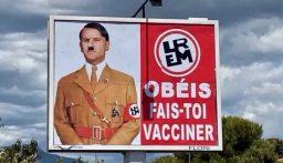 ماكرون يتقدم بشكوى.. ملصقات على شكل هتلرر!