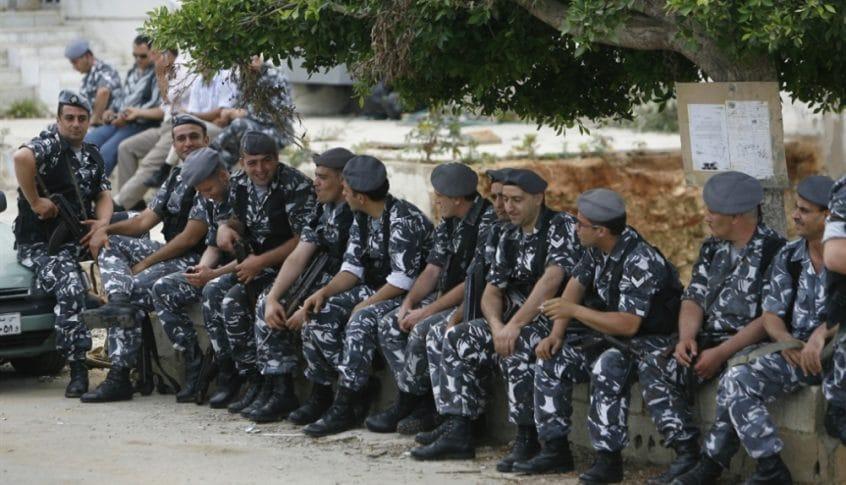 اقتراح لتشكيل العناصر بحسب أماكن سكنهم: العسكريون الفارّون أكثر من 2000! (رضوان مرتضى-الاخبار)
