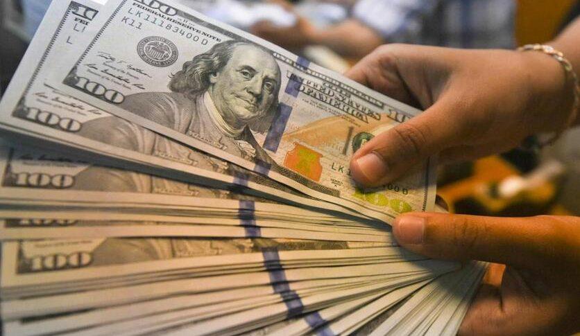 الدولار ما دون ال 15000… للمرة الاولى منذ أكثر من سنة