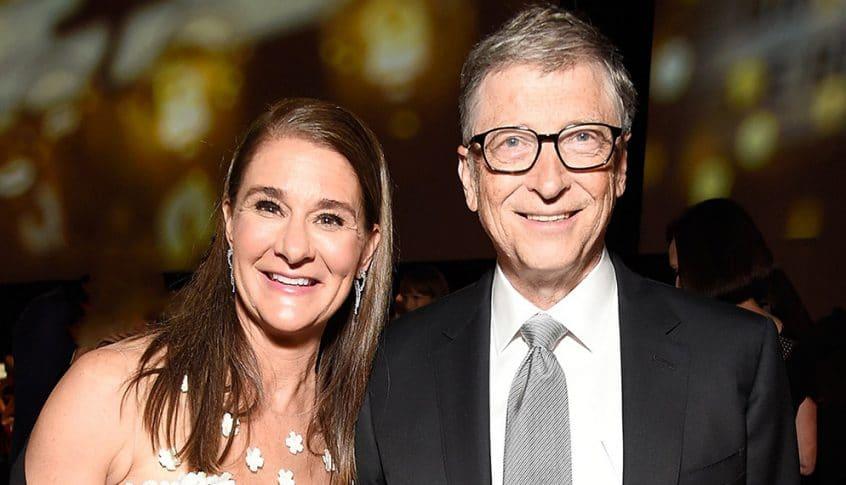 بيل غيتس وزوجته يسجلان طلاقهما رسميا