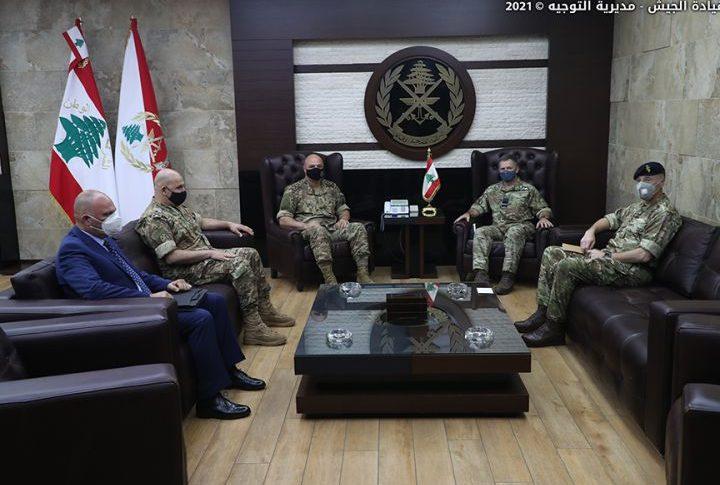قائد الجيش استقبل كبير مستشاري وزارة الدفاع البريطانية لشؤون الشرق الأوسط
