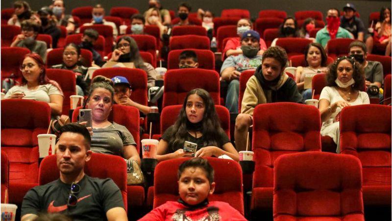 ديزني 2021 تُعرض حصريًا في السينما قبل الإنترنت