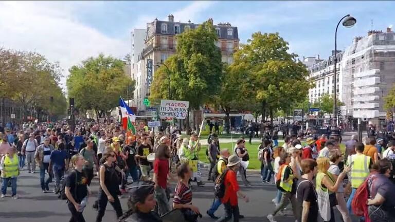 تظاهرة جديدة احتجاجًا على التصاريح الصحية في باريس