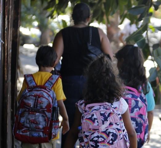 قنبلة المدارس: 40 في المئة من المعلمين لم يتلقوا لقاحات (راجانا حمية – الأخبار)