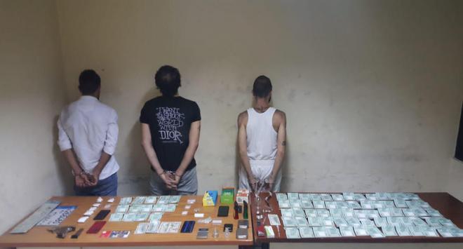 توقيف موزع مخدرات وأحد المروجين وزبائنه في برج حمود والأشرفية