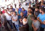 مواطن حاول فتح رمانة يدوية عند إحدى محطات الوقود بميس الجبل