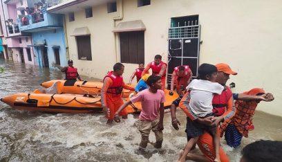 54 قتيلاً في شمال الهند و77 في نيبال جراء الفيضانات
