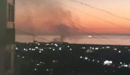 سماع دوي اثر حريق نفايات صناعية عند واجهة صيدا البحرية