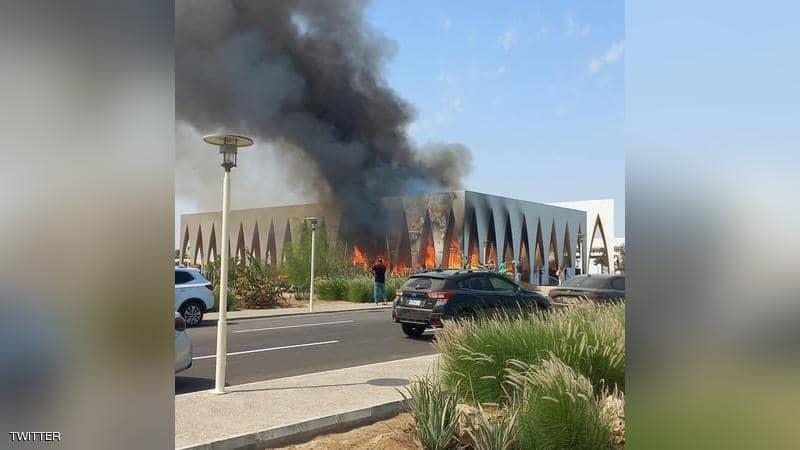 حريق كبير يلتهم قاعة مهرجان الجونة عشية افتتاحه